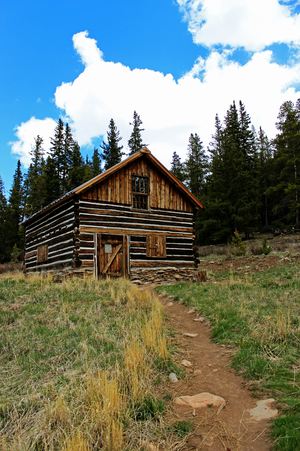 The rise fall and rise of a colorado log cabin tru log for Log cabin financing