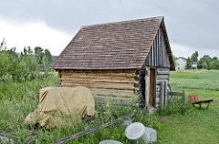 log cabin shed photo