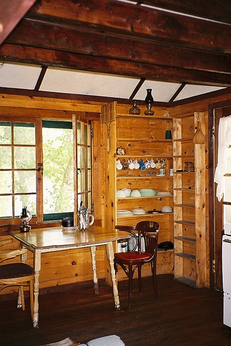 log cabin interior photo