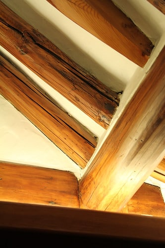wood beam photo