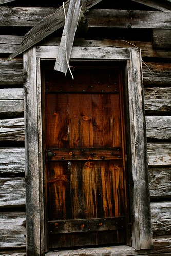 cabin door photo